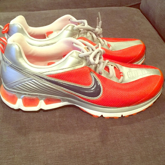 Nike Air Turbulence 2000 vintage very good condition Depop